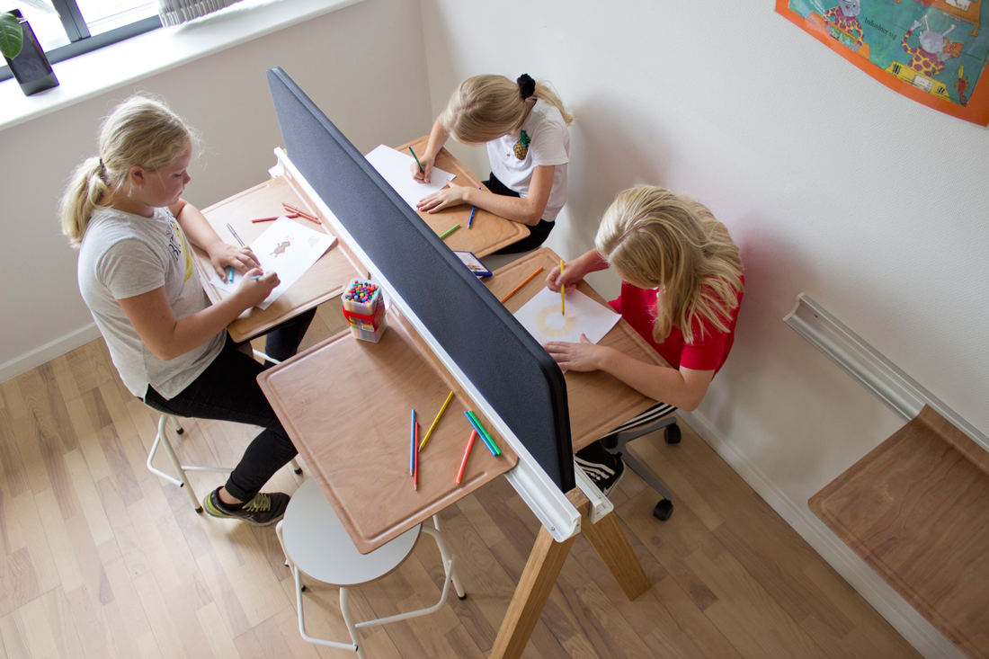 Zap meeting stor afskærmning hojer6 Upgrade on flexibility in your classroom with new Zap Meeting work station